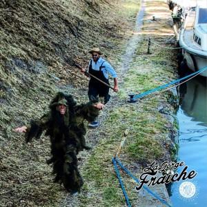 Aimé pourchassant Tramountan sur les berges du Canal du Midi